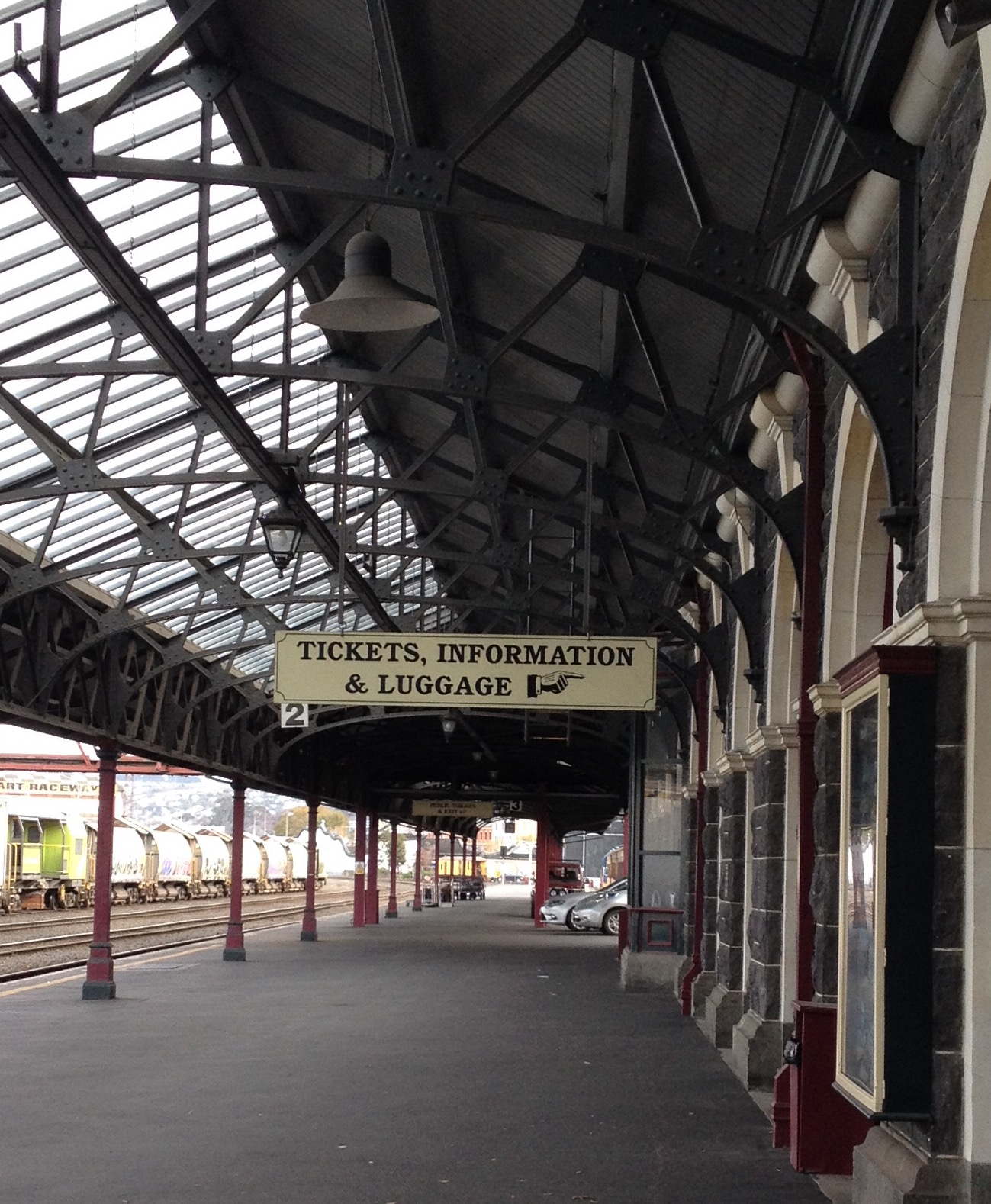 railway station dunedin.jpg