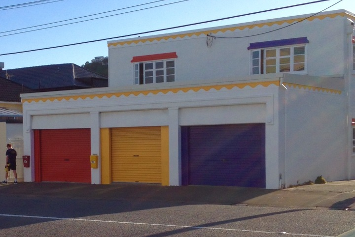 Lyall Bay garage doors.jpg